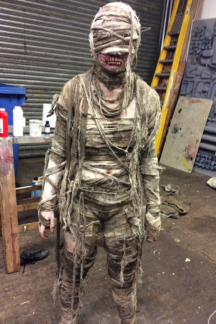 Click to buy print - 04 - Mummy Behind Scenes