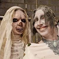 Halloween Shoot 2021 - Pair of Ghosts
