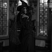 Wicked Witch BW
