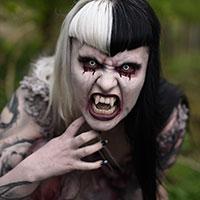 Wolfina the Vampire Suffering Daylight