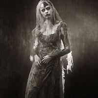 Victorian Photo of Wolfina the Vampire