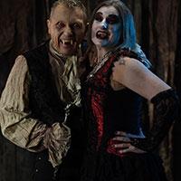 Happy Dead Couple