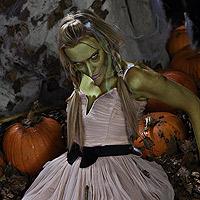 Gwen Grungesmith the Gory Halloween hag